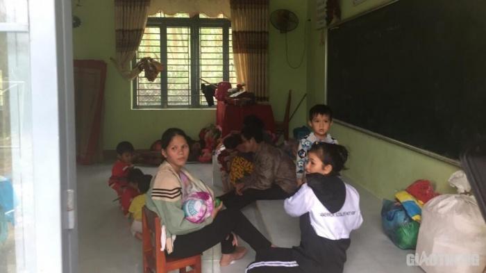 Nhiều người dân ở vùng sạt lở của Quảng Ngãi đã được đưa đến nơi an toàn