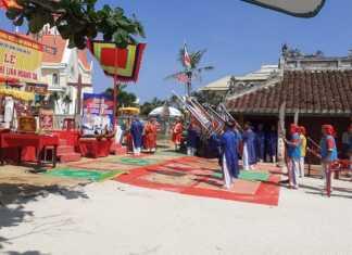 Các nghi lễ được thực hiện trong Lễ Khao lề thế lính Hoàng Sa tại Đình làng An Hải.