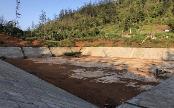 """Đảo Lý Sơn đang """"khát"""" nhưng dự án làm hồ chứa nước ngọt ì ạch mấy năm vẫn chưa đưa vào sử dụng"""