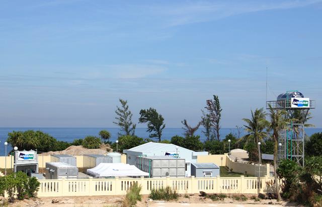 Nhà máy khử nước mặn thành nước ngọt tại đảo An Bình.