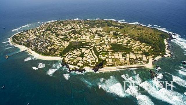 Toàn cảnh đảo An Bình nhìn từ trên cao