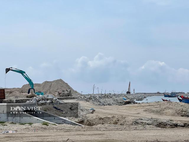 Sự dang dở của công trình Vũng neo đậu tùa thuyền Lý Sơn.