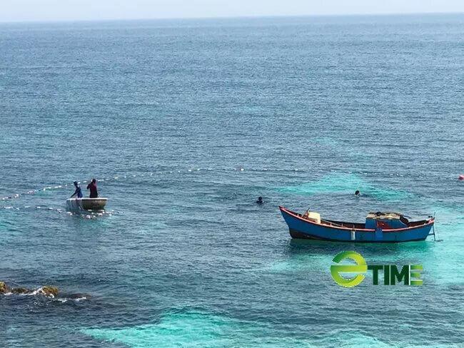 Hoạt động đánh bắt ven bờ của ngư dân Lý Sơn.